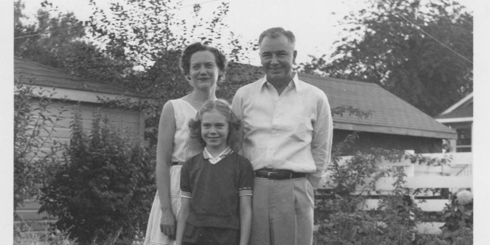 Barbara Coffman, during her childhood, with her parents, Mary and Neal Coffman